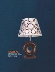 Đèn bàn NG 8673