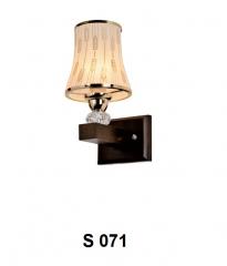 Đèn tường gỗ S 071