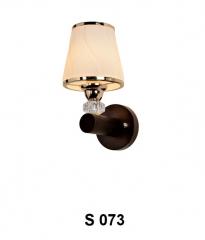 Đèn tường gỗ S 073