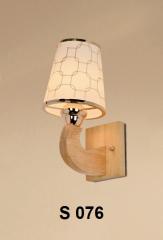 Đèn tường gỗ S 076