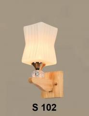 Đèn tường gỗ S 102